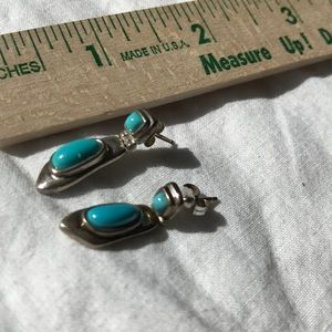 Jewelry - Genuine turquoise dangle sterling silver earring